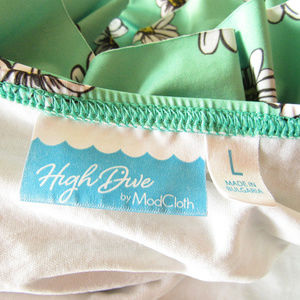 Modcloth Swim - Modcloth Vacation Daisies high dive large